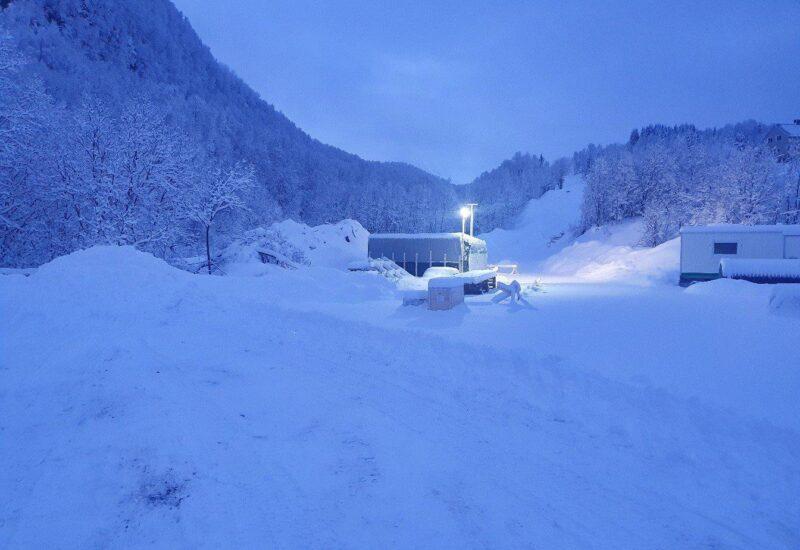 Bjørgelva i snø